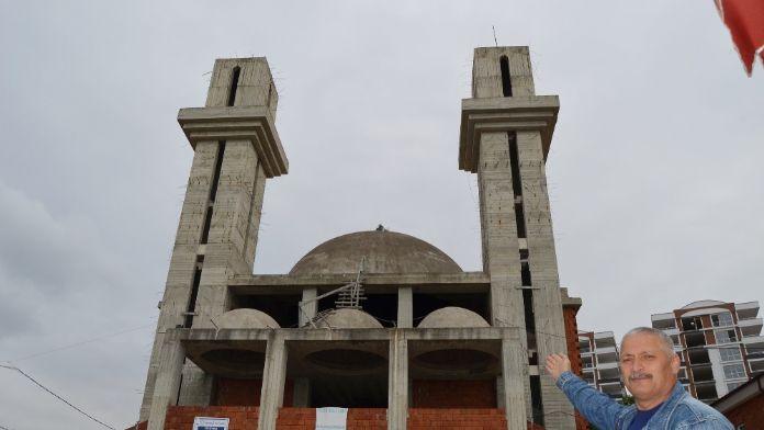 Mimarisi kiliseye benzeyince yardım kesildi
