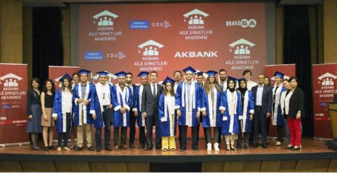 Akbank Aile Şirketleri sertifikalarını aldı