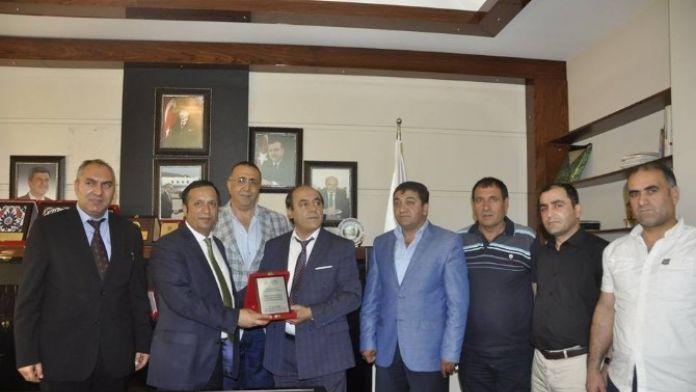 Ağrı Dernekler Federasyonu'ndan Başkan Toltar'a Teşekkür Ziyareti