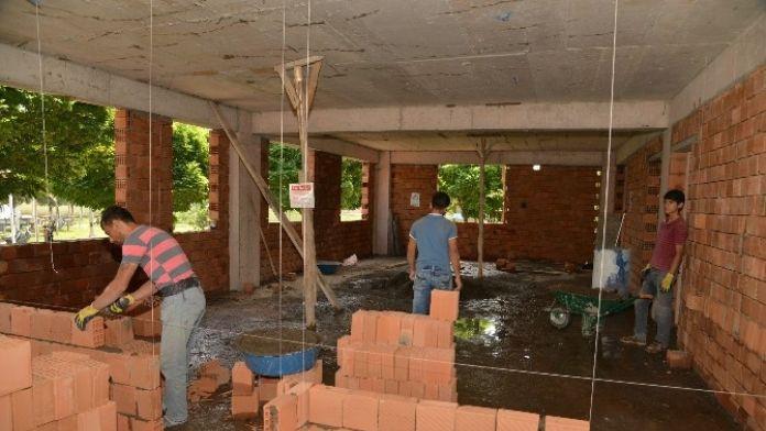 Yeniköy Mezarlığı'nda Yeni İdare Binası Yapılıyor