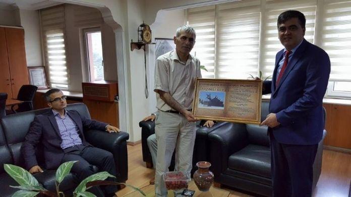 Başkan Yalçın'dan Vakıflar Bölge Müdürü Emek'e Ziyaret
