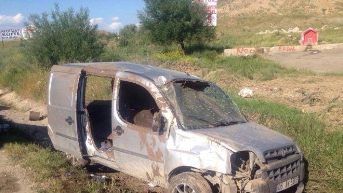 Başkent'te Meydana Gelen 2 Ayrı Kazada 1 Kişi Öldü, 3 Kişi Yaralandı