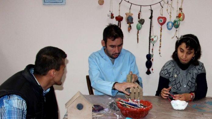 Zihinsel Engelli Gençler: 'Biz De Karne Alacağız'
