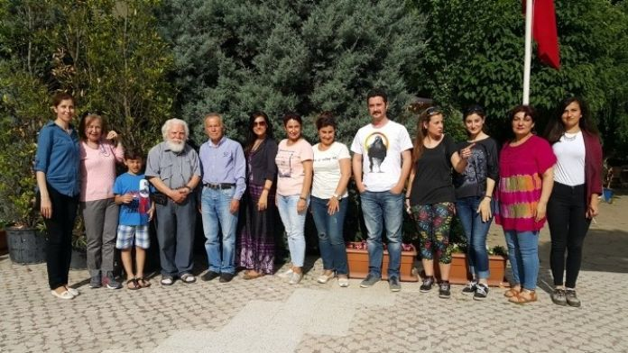 Ünlü Ressam Gülsün Erbil'den Ödemiş'te Sergi Ve Yarışma Sözü