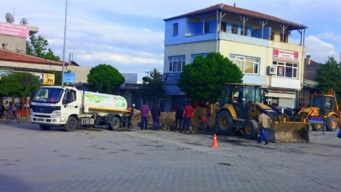 Yazıhüyük Kasabasında Alt Yapı Çalışmaları Devam Ediyor