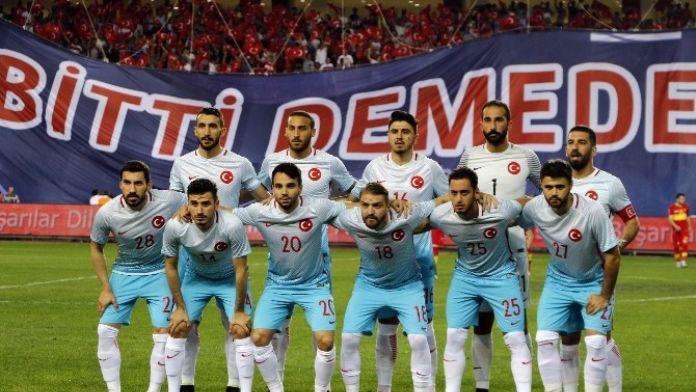 Türkiye, İlk Sınavı İçin Hırvatistan Karşısında