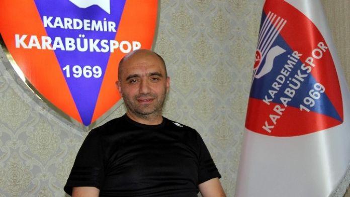 Karabükspor'da Hoca Arayışları Sürüyor