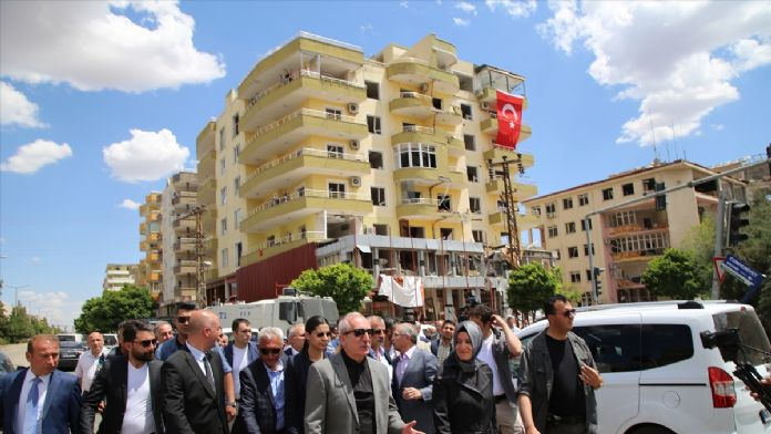 Aile ve Sosyal Politikalar Bakanı Kaya, Mardin'de