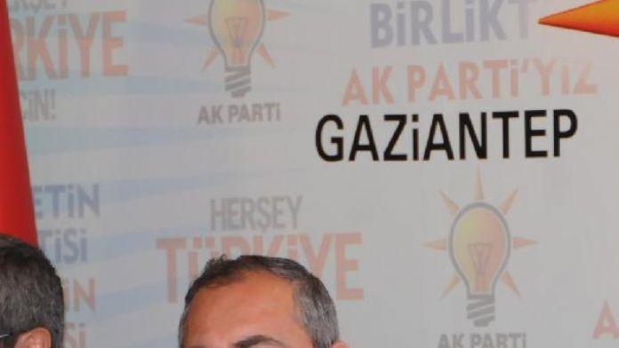 Ak Partili Gül: Türkiye'de fiilen yarı başkanlık uygulanmaktadır