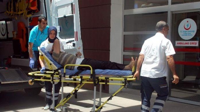 Çocukların Kavgasına Aileler De Dahil Oldu: 4 Yaralı