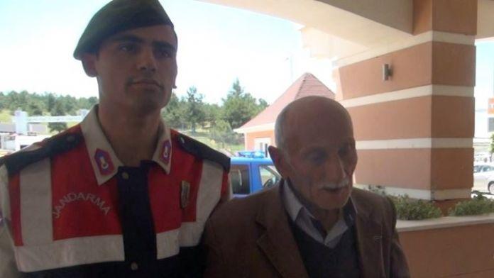 Cinayet Zanlısı Çıkarıldığı Mahkemece Tutuklandı