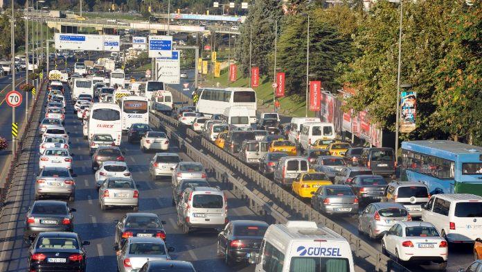 Trafiğe kayıtlı araç sayısı 20 milyon 350 bini geçti