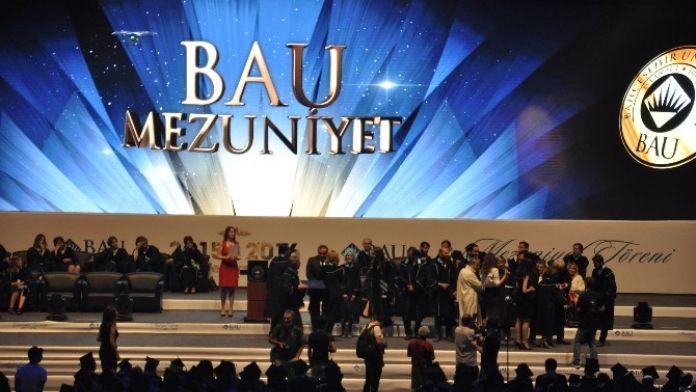 Bahçeşehir Üniversitesinde Mezuniyet Coşkusu
