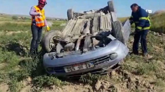 Aksaray'da İki Otomobil Çarpıştı: 8 Yaralı