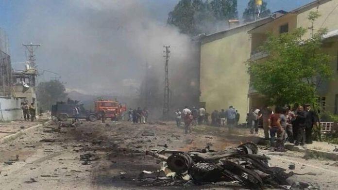 Ovacık'ta Lojman Binasına Bomba Yüklü Araçla Saldırı: 9 Yaralı