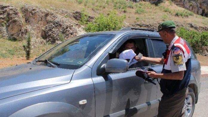 Jandarmadan Sürücülere Hediye