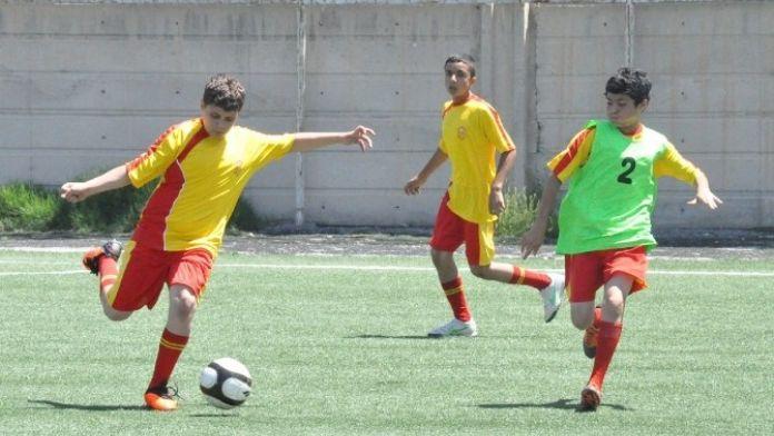 Yeni Malatyaspor U13 Takımı İlk Maçında Galip