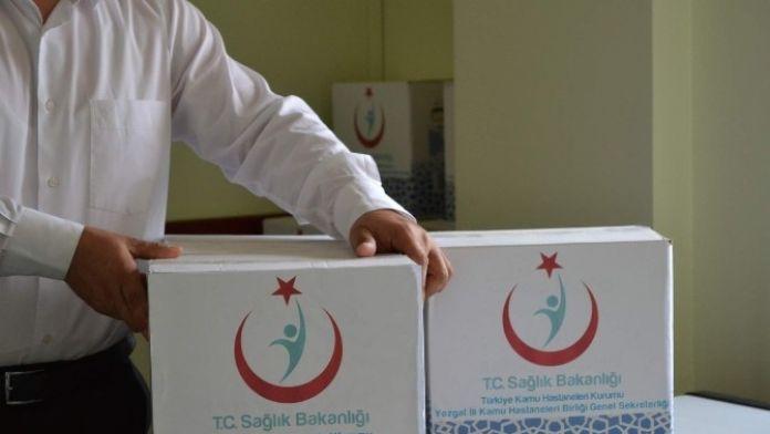 Yozgat Kamu Hastaneleri Birliği Personeli Muhtaç Ailelere Ramazan Yardım Yaptı