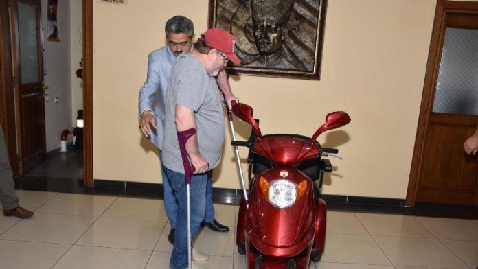 Üç Tekerlekli Engelli Aracıyla Hayatı Bir Anda Değişti
