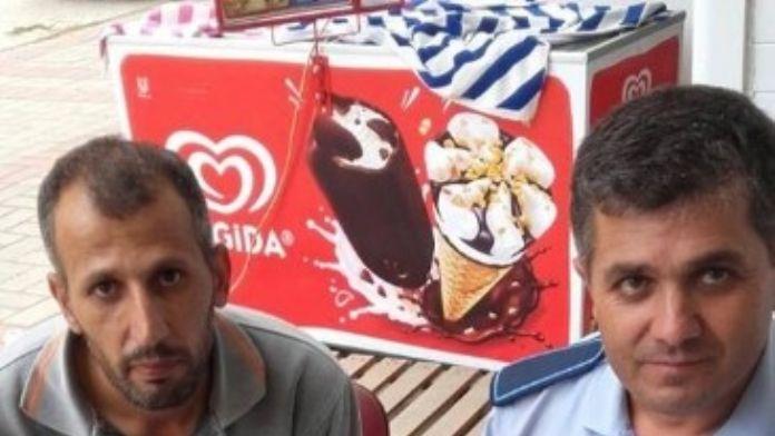 Alanya'da Zabıta Bulduğu Cüzdanı Suriyeli Sahibine Teslim Etti