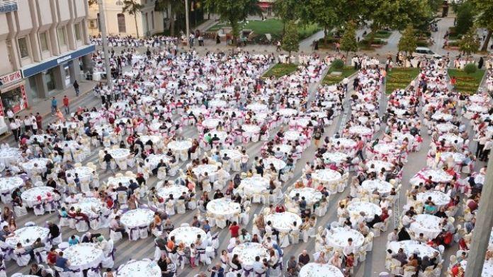 Adapazarı Belediyesi İkinci Halk İftarı 14 Haziran Salı Günü Yapılacak