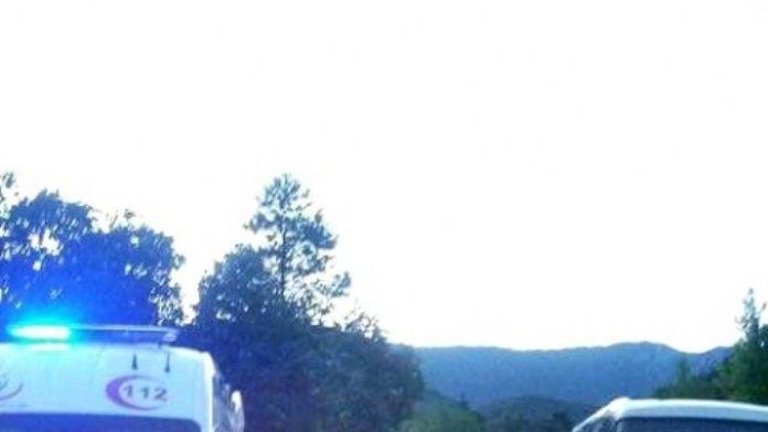 Minibüs İle Otomobil Çarpıştı: 2 Yaralı