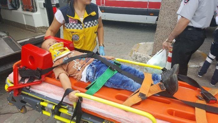 (Özel Haber) Kargo Aracının Çarptığı Çocuklar Yaralandı