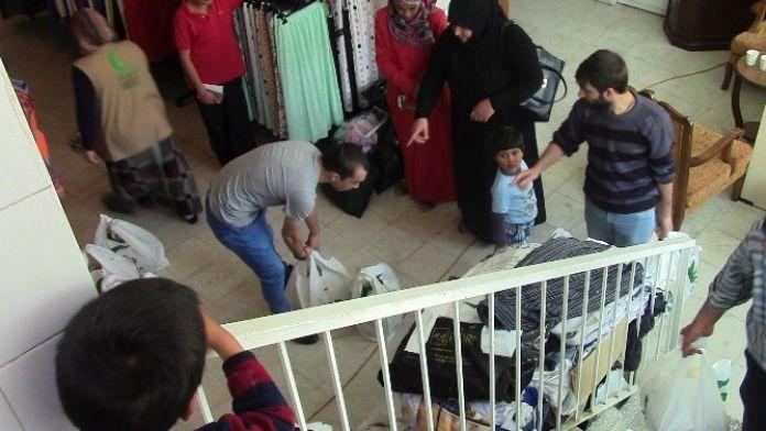 Sadaka Yardımlaşma Ve Dayanışma Derneği'nden Ramazan'da Uzanan Yardım Eli