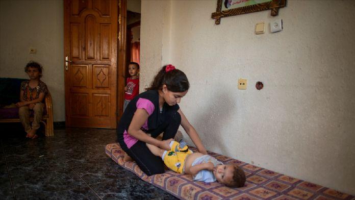Gazze'de 12 yaşındaki 'küçük anne'