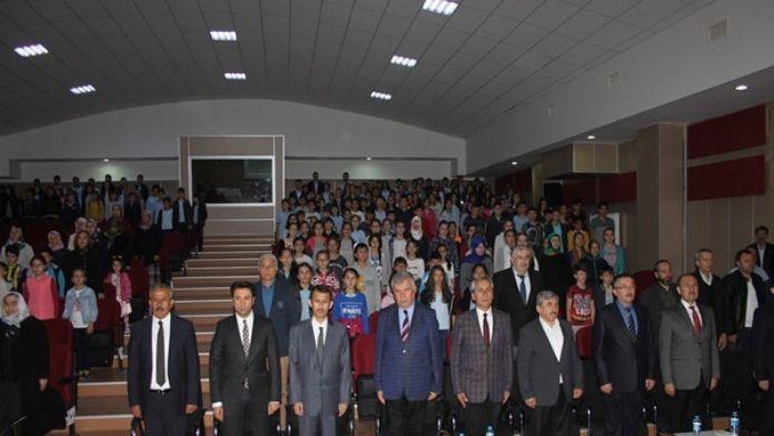 Kastamonu Araç'ta Hoca Ahmet Yesevi Konferansı Yapıldı