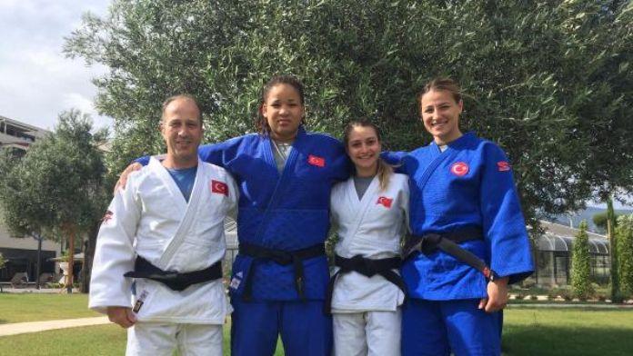 Judo Milli Takımı oksijen depoluyor