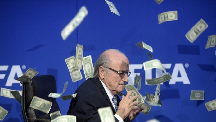 Blatter'den şok itiraf: Kurada hile yapıldı