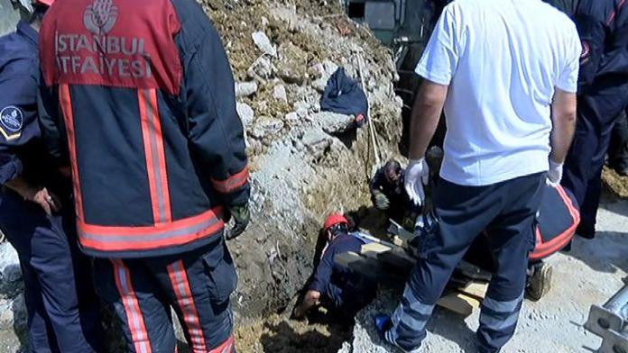 Kanalizasyon çalışmasında göçük: İşçi mahsur kaldı