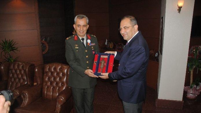 Askeri Erkan Vali Kaban'ı Ziyaret Etti