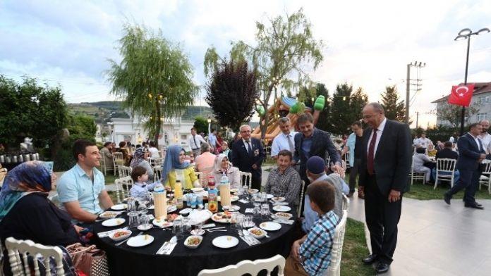 Başkan Alemdar Şehit Ve Gazi Aileleriyle Bereket Sofralarında Buluştu