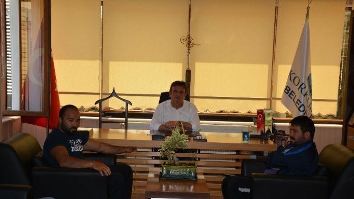Başpehlivan Okulu, Başkan Gökce'yi Ziyaret Etti