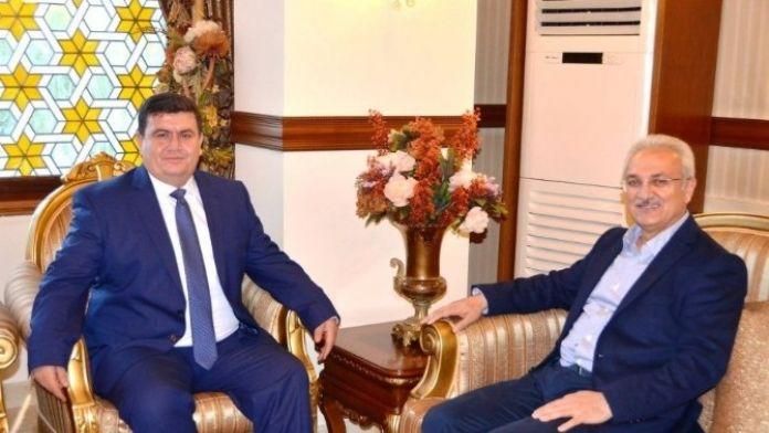 Başkan Başsoy'dan, Vali Arslantaş'a Hayırlı Olsun Ziyareti