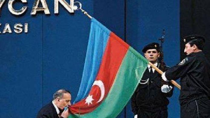 Azerbaycan'da Milli Kurtuluş Günü kutlanıyor