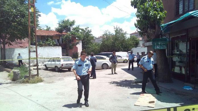 Ankara'da Baba-Oğul Silahlı Saldırıya Uğradı
