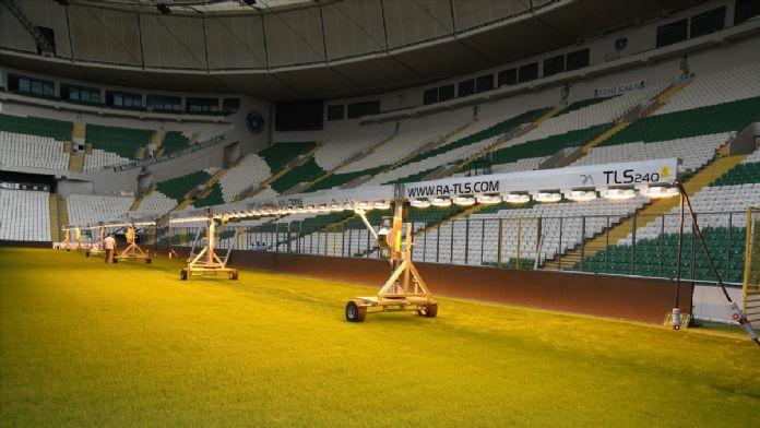 Bursa Büyükşehir Belediyesi Stadı'na suni güneşleme sistemi