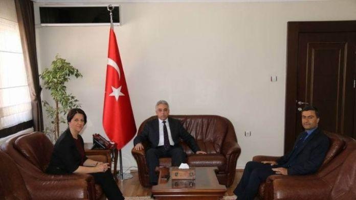 Vali Toprak HDP'li milletvekillerini makamında kabul etti