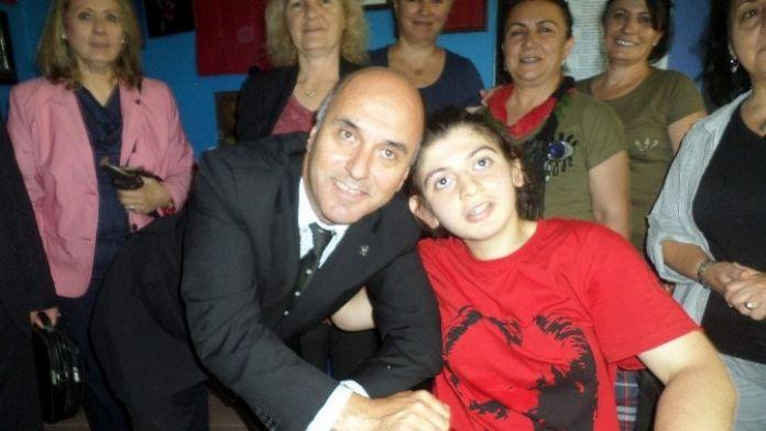 Murat Ünal Engellileri Yalnız Bırakmadı