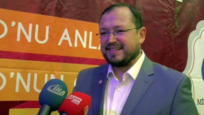 AGD Genel Başkanı Gençlerle İftarda Bir Araya Geldi