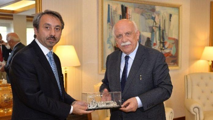 Trakya Üniversitesi Rektörü Yörük'ten Bakan Avcı'ya Ziyaret