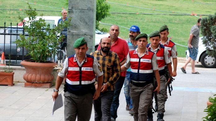 İzmir'de kaçak kazı operasyonu: 2'si eski emniyet müdürü 7 gözaltı