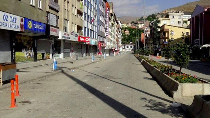 Yüksekova'da sokağa çıkma yasağı kısmi olarak kaldırıldı