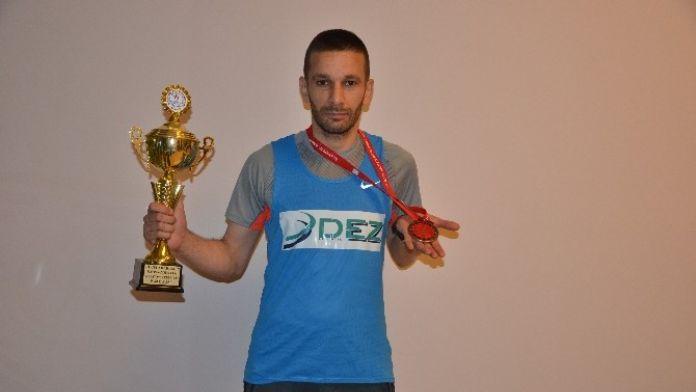 Sponsoru Destek Verdi Uluslararası Maratonda 2.oldu