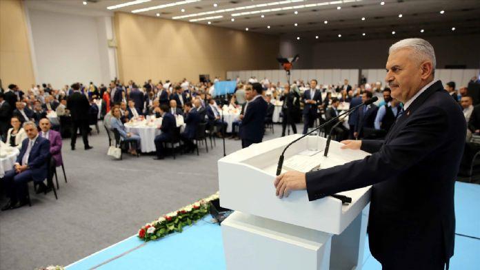 AK Parti il başkanları iftar programı