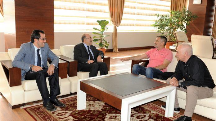 Beşiktaş Teknik Direktörü Güneş, Trabzon'da