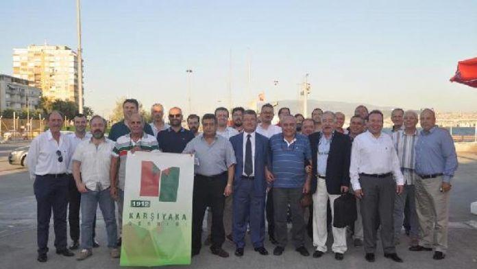 Karşıyaka'da taraftardan Başkan Altuğ'a tepki